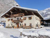 bauernhof-ferienwohnung-winterurlaub-weissbach-12.jpg